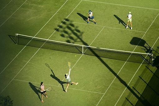 テニスの試合 ダブルス