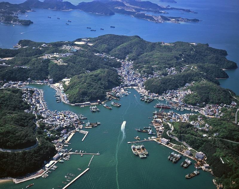 家島の上空写真