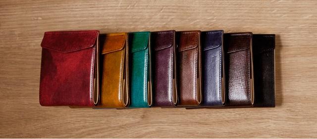 小さい財布のカラーバリエーション