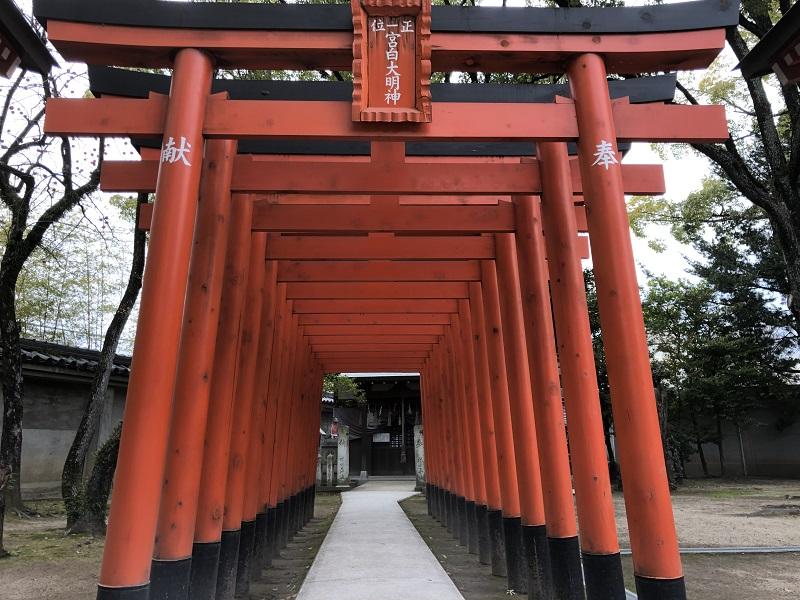 松原神社の赤い鳥居