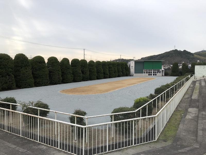 姫路競馬場のパドック場