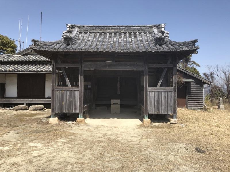 古びたお寺
