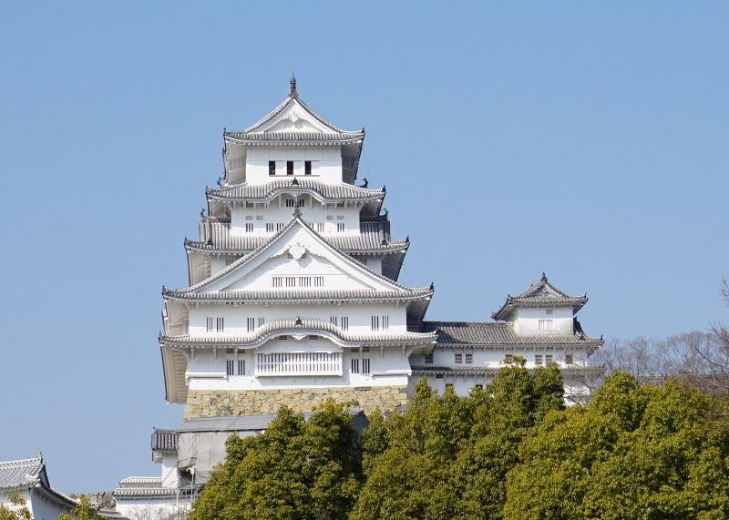 姫路城を西からみた正面