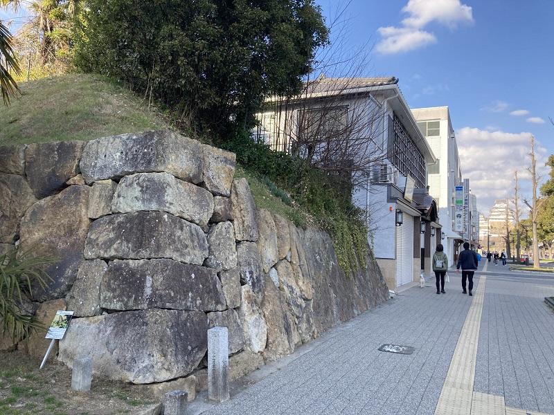 中曲輪の石垣