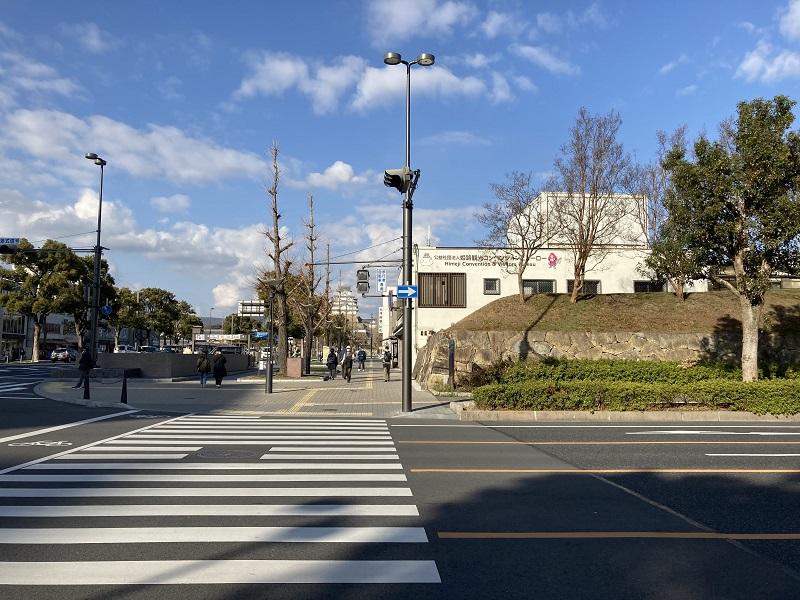 大手前通り沿いの横断歩道