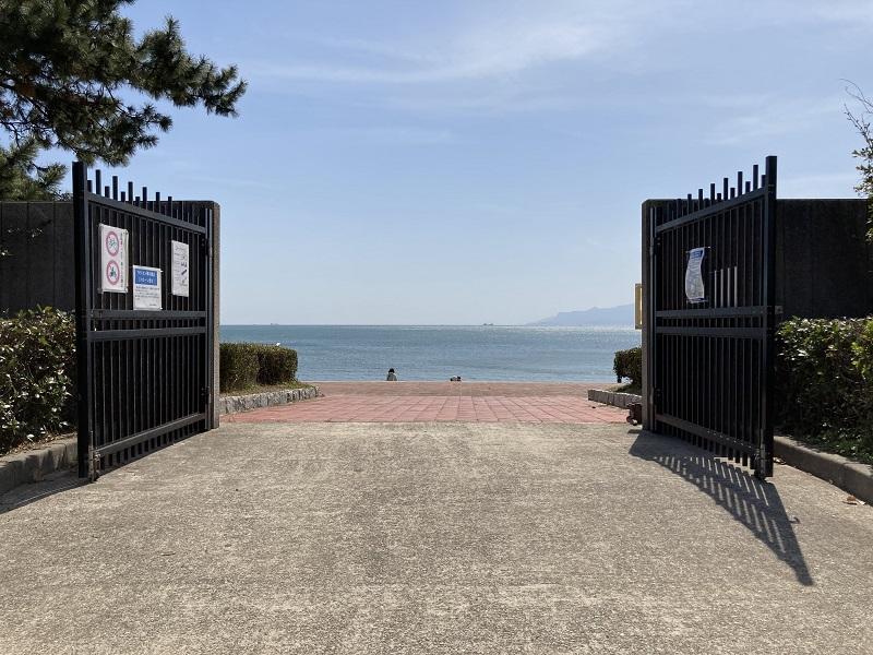 赤穂海浜公園の光の門