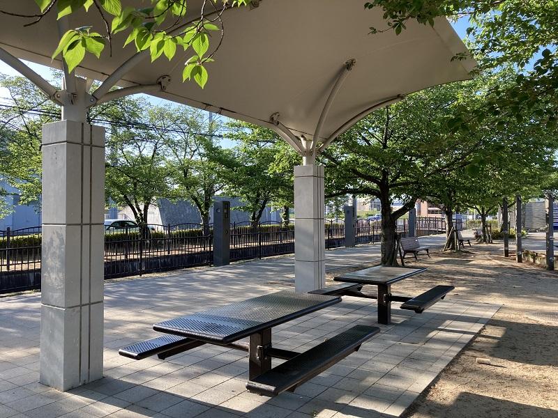 手柄山中央公園の施設